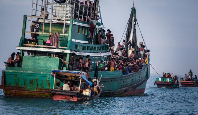 The Use of Force in Turnback Operations against Asylum Seekers' Boats and International Law